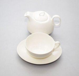 3-osaline teekomplekt, portselanist Чайный комплект из трех частей
