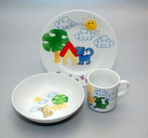 "Lauanõude komplekt lastele ""Kutsud"" Комплект детской посуды из 3 предметов"