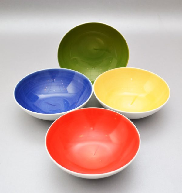 Kauss sinine roheline punane kollane Миска зеленая красная желтая синяя