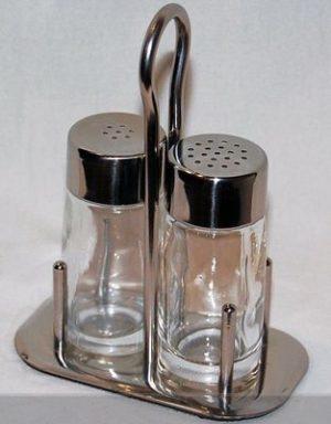 Klaasist soola ja pipratoos Солонка и перечница стеклянная