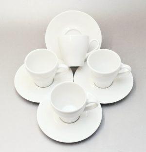 Komplekt Paula I portselanist neljale Комплект фарфоровой посуды Paula на четверых