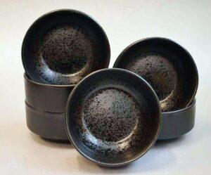 Keraamiliste kausside komplekt Must Pärl